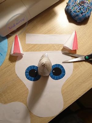 Szycie DIY - jak uszyć głowę jednorożca