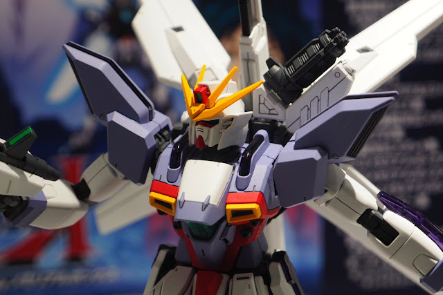 Premium Bandai MG 1/100 Gundam X 3 Exhibited at the Gundam Base Tokyo - Gundam Kits Collection News and Reviews