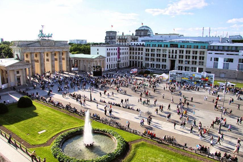 heute europafest am brandenburger tor in berlin bernau live. Black Bedroom Furniture Sets. Home Design Ideas