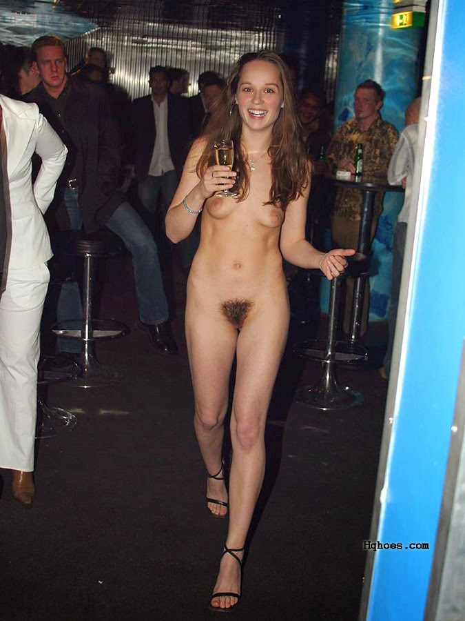 nude exhibitionists