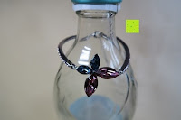 geschlossen: Neoglory Jewellery mit Swarovski® Elements Armreif Schmetterling rosa und blau