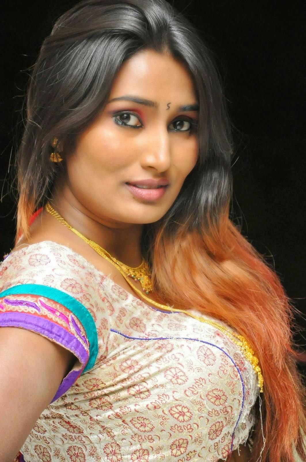 Actress Swathi Naidu Stills In White Lehenga  Indian -4922