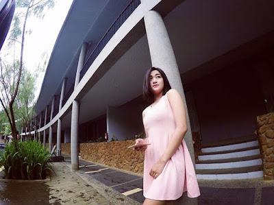 http://beritaeceran.blogspot.co.id/2016/05/foto-polwan-cantik-dianiaya.html
