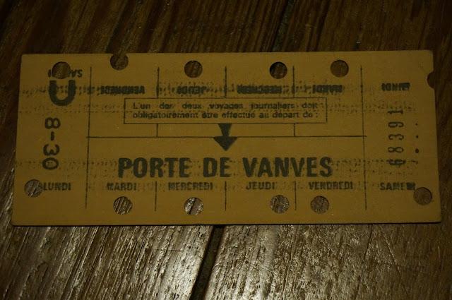 une carte hebdomadaire de travail RATP / Métro de Paris   Porte de Vanves