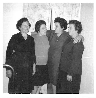 cuatro-mujeres