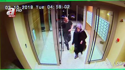 Nhà báo Khashoggi khỏe mạnh bên vợ chỉ vài giờ trước khi bị sát hại