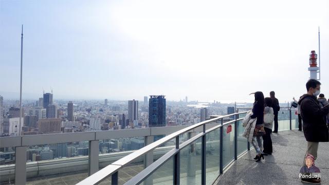 Pengunjung Umeda Sky Building