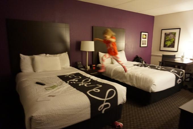 Kokemuksia Miami Beachin hotelleista ja majoituksista lasten kanssa sekä leikkipaikoista / La Quinta Inn Airport