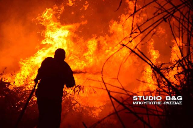 Ενισχύσεις και από την Αργολίδα στη μεγάλη φωτιά που καίει τη Σάμο από τη νύχτα