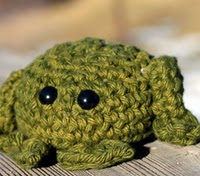 http://www.ravelry.com/patterns/library/amigurumi-frog-6