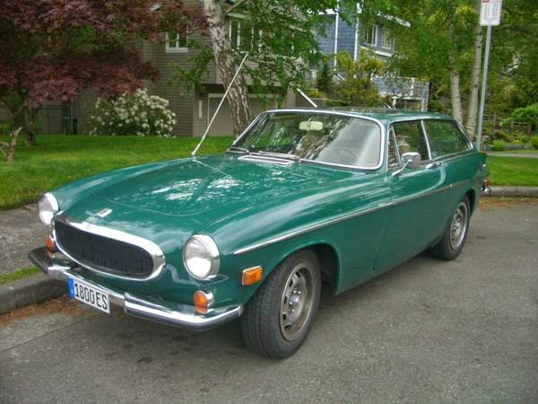 beautiful 1972 volvo 1800 es on green auto restorationice. Black Bedroom Furniture Sets. Home Design Ideas
