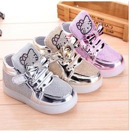Gambar Sepatu Hello Kitty untuk Anak 11