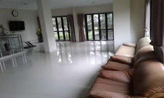 Ruangan Santai Lantai Utama vila vilana