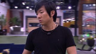 BBB20: Pyong fala sozinho: 'Por que Petrix voltou com esse papo?'