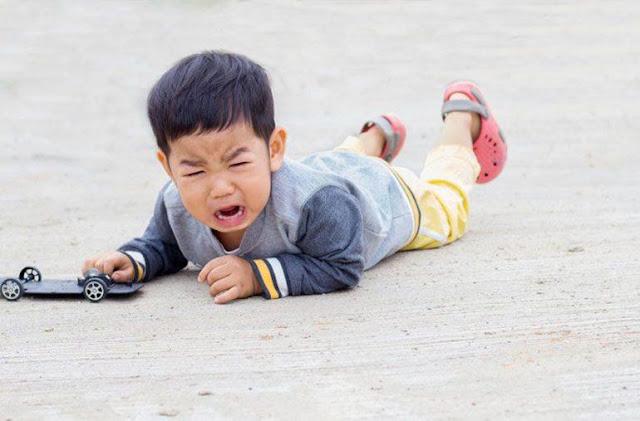 Tantrum Adalah Emosi Anak yang Meledak Ledak dan Berikut Cara Mengedalikan