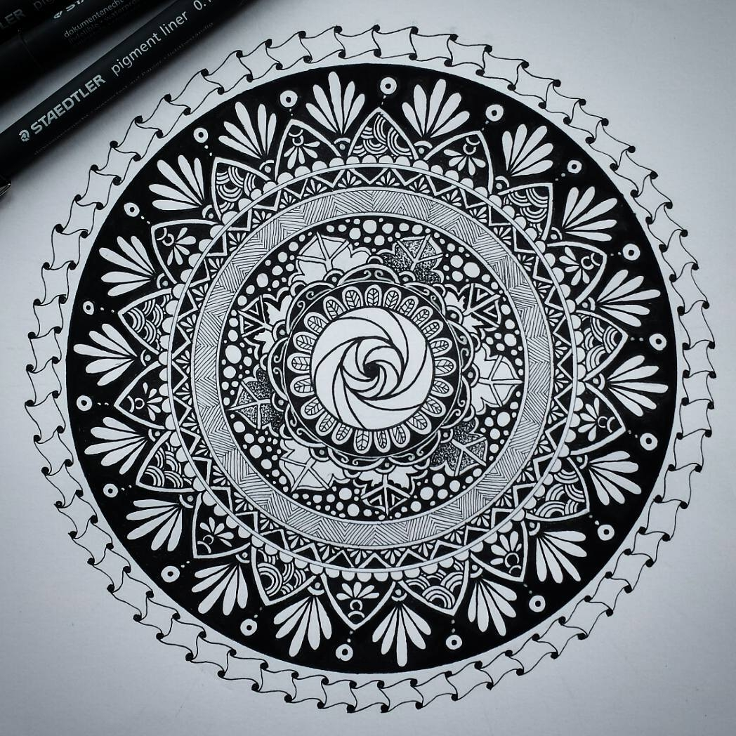 02-Alison-Hand-Drawn-Mandala-Illustration-www-designstack-co