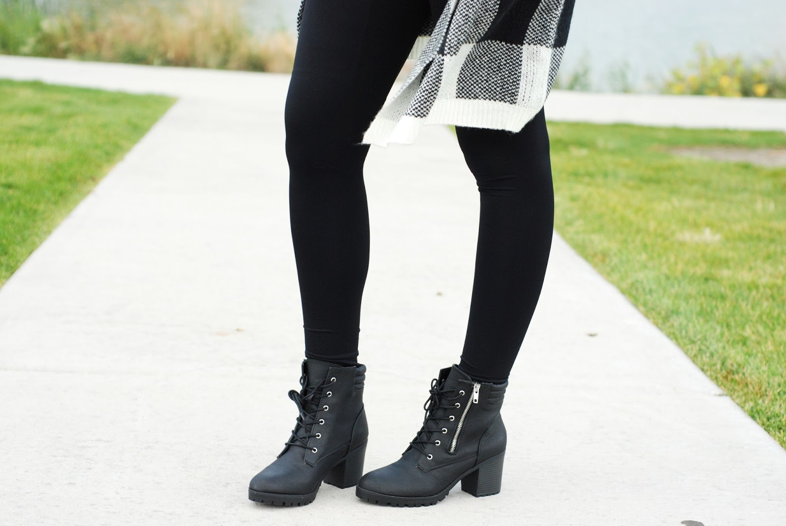 Black Booties, Pregoo Leggings