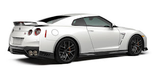 2017 Nissan GT-R Competitors