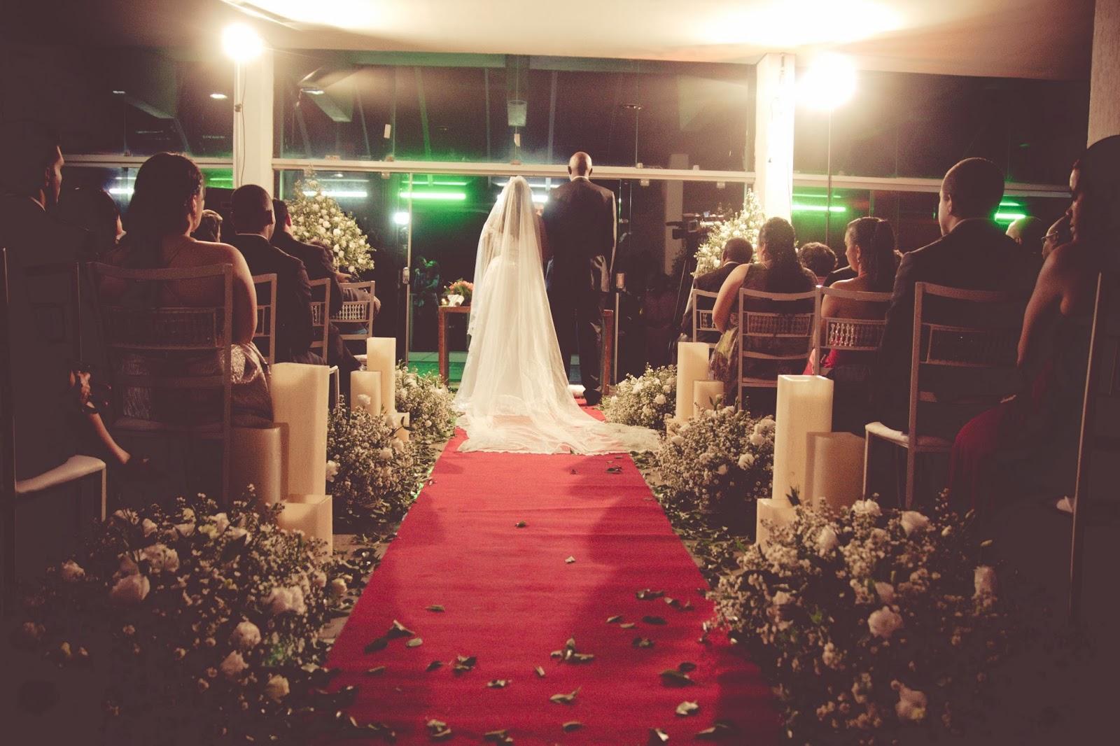 historia-amor-fe-cerimonia-noivos-decoracao