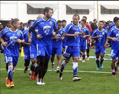 PERSIB Bersiap Menghadapi Mitra Kukar Di 8 Besar Piala Presiden