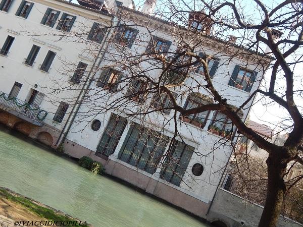 Treviso scorcio di casa su rivo Cagnon