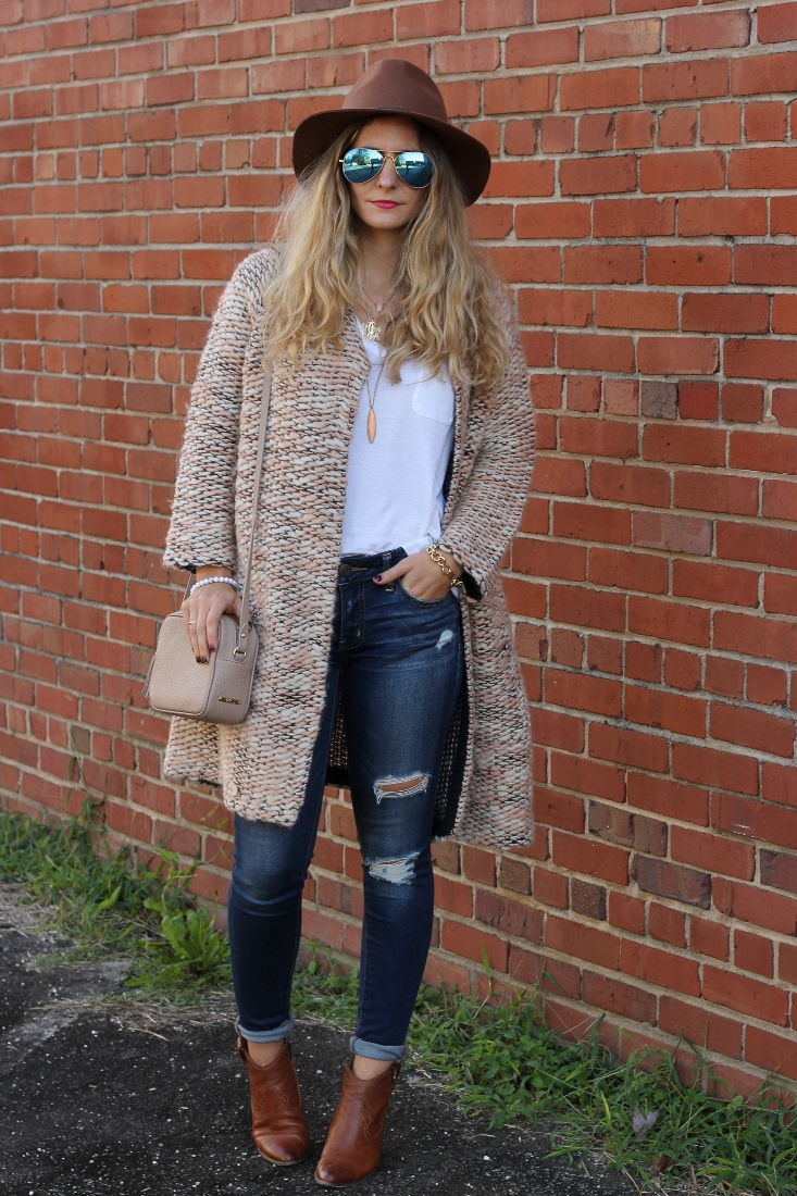 b8a201ce87 Bedazzles After Dark  Outfit Post  Comfy