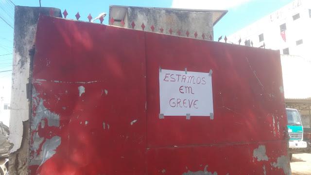 Sr do Bonfim: Servidores deflagram greve geral por tempo indeterminado