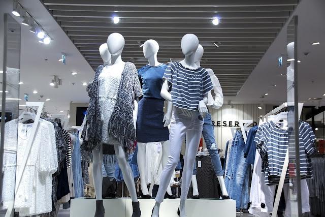 Tempat belanja pakaian, kosmetik dan fashion lainnya