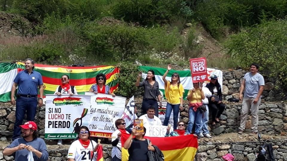 Activistas y opositores se dirigieron a Sucre para interpelar a la CIDH / FACEBOOK CLAUDIA BRAVO