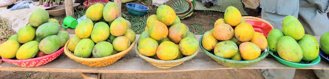 Mangoes for sale in Uganda