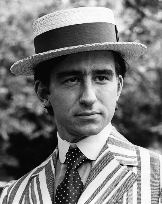 ... after sailor sporting straw hats with warped brims. Many Italian  gondoliers still sport versions similar to the original ones worn by  British sailors. 906bfd8432cb