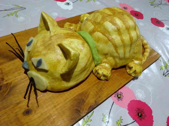 pâtisserie gâteau rigolo gâteau anniversaire 3D chat