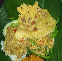 Nasi pecel tumpang