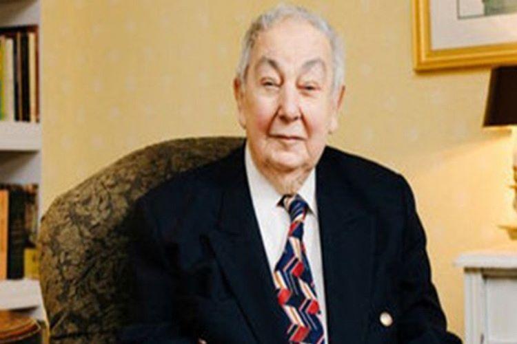 Osman Bayezid Osmanoğlu, 92 yaşında New York'ta vefat etti.