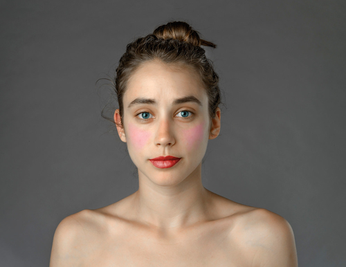 Beni Güzellestir, Photoshop Güzellik Etkisi Kanıtlandı - Gazeteci Ester Honig'in düzenlenmiş fotoğrafı
