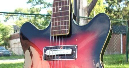 Canadian Vintage Guitar Hunt: 60's TEISCO Hy-Lo Semi ...