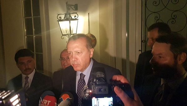 Erdogan aterriza en Teherán tras rechazo de asilo de Alemania