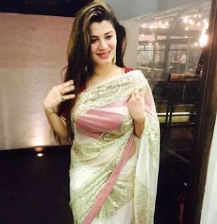 Kainaat Arora Family Husband Son Daughter Father Mother Marriage Photos Biography Profile.