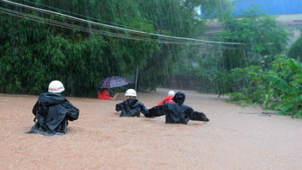 heavy rainfall kills 87 china