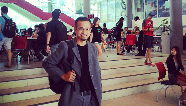 Khir Khalid, blogger, social media influencer,
