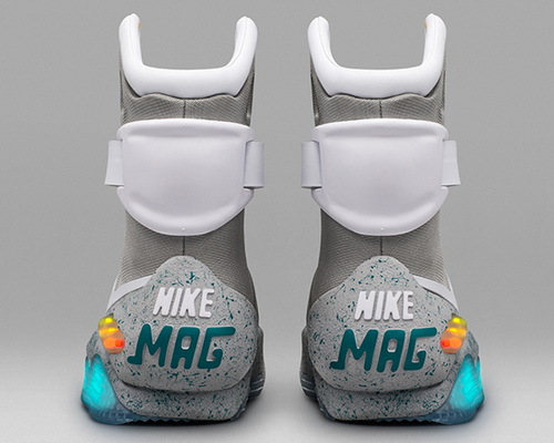 www.Tinuku.com Automatic shoe Nike Mag release in limited edition for Michael J. Fox Foundation
