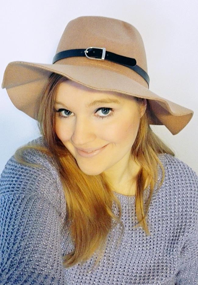 kapelusz-z-chin