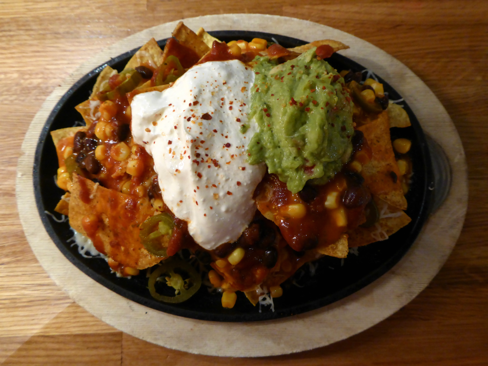 REVIEW: Giraffe World Kitchen, Aberdeen - Nachos