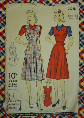 1940s pinafore sewing pattern 2574B DuBarry