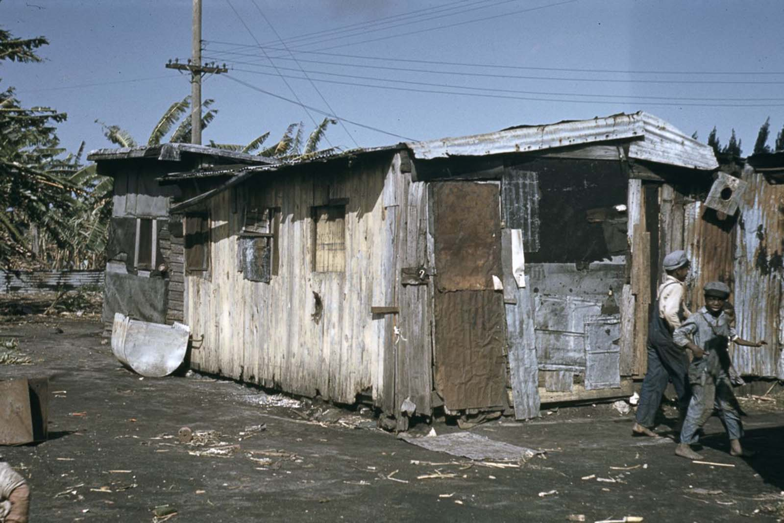 Housing for migrant workers in Belle Glade, Florida. 1941.