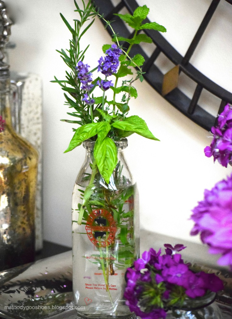 Add some herbs to your flower arrangements - the aroma is intoxicating! | Ms. Toody Goo Shoes