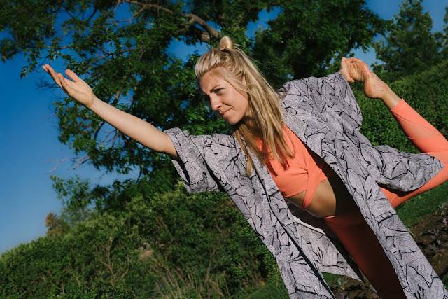 lululemon wanderlust bra-crop kimono