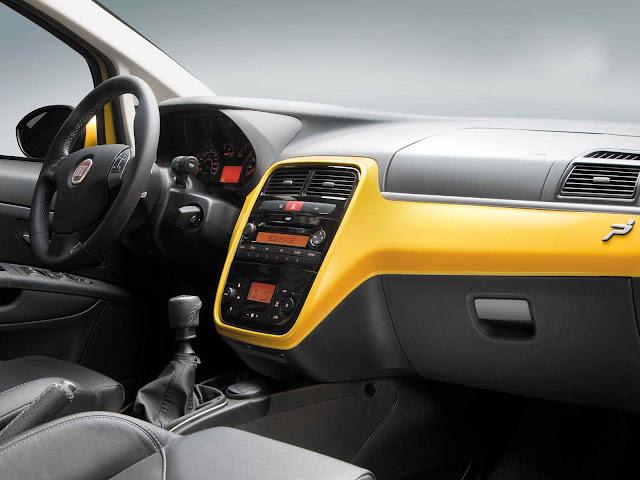 Fiat Punto T-Jet - interior