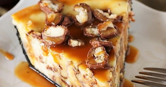 Twix Cheesecake Pie - The Kitchen is My Playground