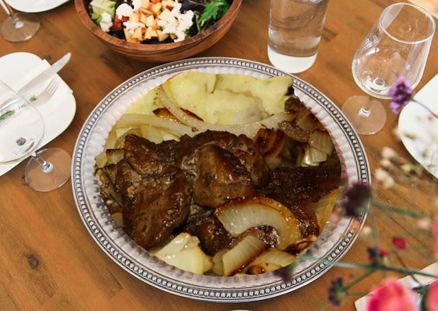 tranches de foie de génisse, de veau aux oignons (sans gluten)